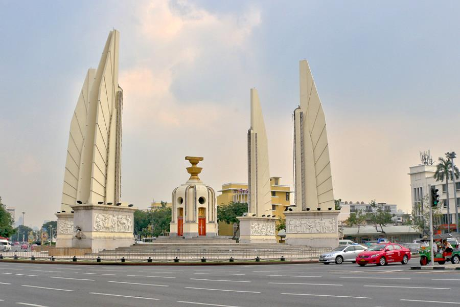 Democracy Monument Bangkok (Demokratiedenkmal)