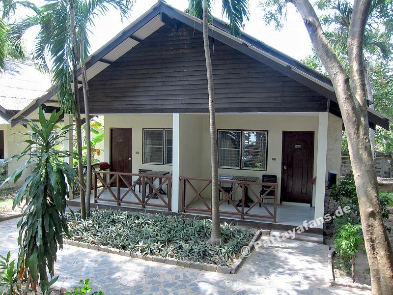 Pattaya garden hotel bewertung bungalow for Katzennetz balkon mit pattaya garden resort bungalow